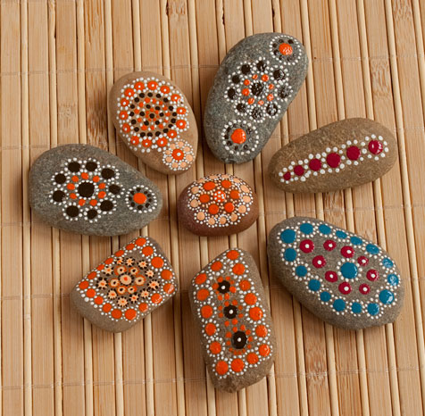 dot_painted_stones